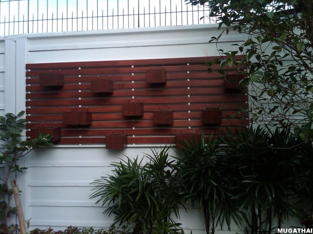 ไม้ระแนงไม้เทียม เหมาะสำหรับแขวนต้นไม้เล็กๆ